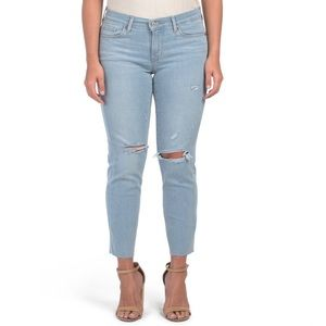 Levi's Curvy Straight Cropped Distressed Jeans